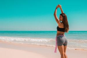 gym, flor gaona, fitness, rutina rapida, cuerpo, activar, quemagrasa, playa, ejercicios