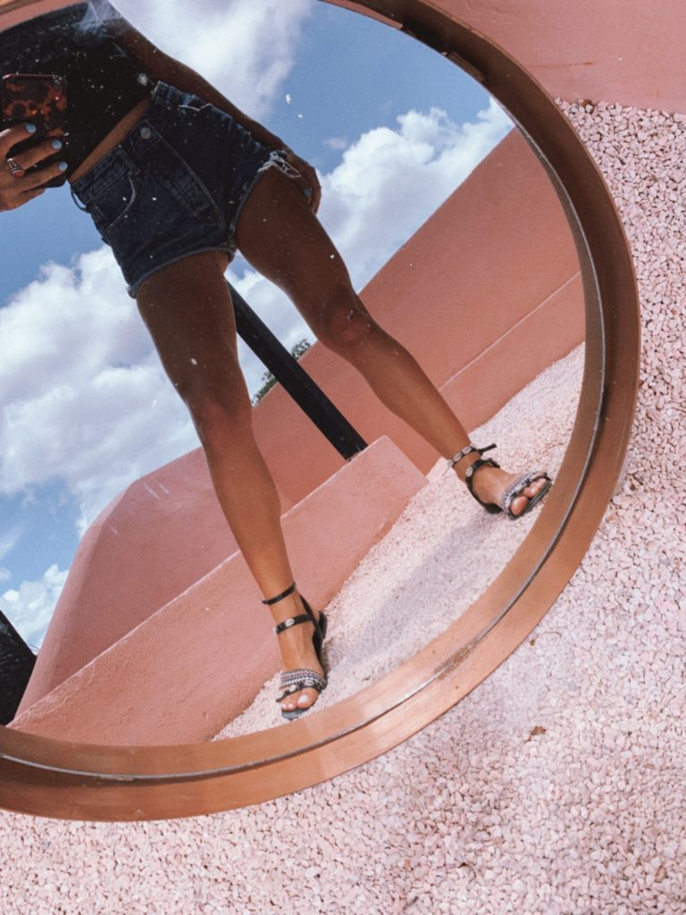 Flor Gaona, Influencer, Femme Luxe, Luxegal, Top, Tulum, Leather top, lookbook, outfit